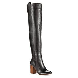 VINCE CAMUTO Signature Kylar Black Leather Boots 9